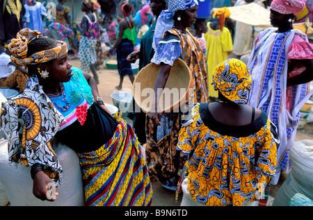 Malí, región de Mopti, Djenne, clasificado como Patrimonio Mundial por la UNESCO, mercado lunes Foto de stock
