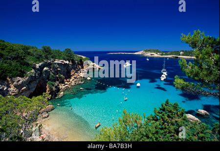 Cerca de la Bahía de Portinatx Ibiza Islas Baleares España