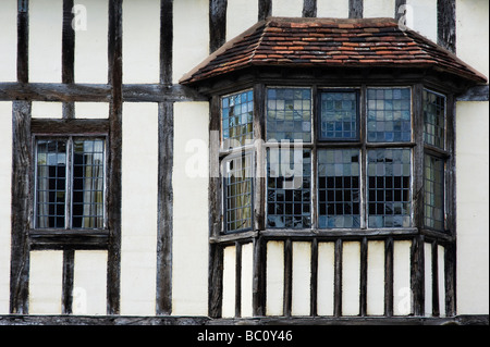 Frente de la casa de Tudor, Stratford upon Avon, Warwickshire, Inglaterra
