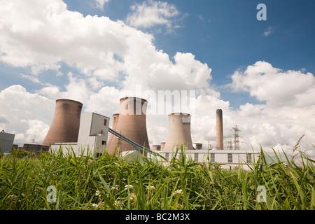 Fiddlers Ferry carbón power station cerca de Warrington UK