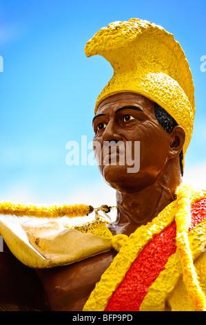 La estatua del rey Kamehameha la Gran Isla de Hawai.