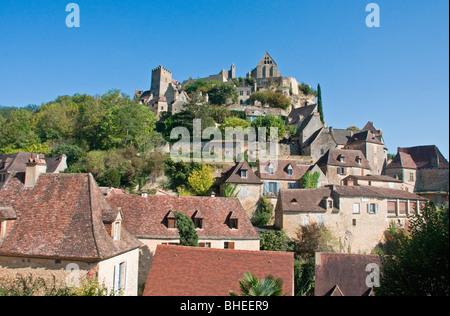 Los tejados, Beynac, Périgord (Dordoña), al sur-oeste de Francia, Europa.