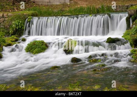 Hodgson Mill cascada en Sycamore, MO Foto de stock