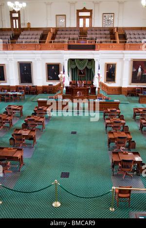 Dentro del senado en el capitolio del estado de Texas o el capitolio en Austin