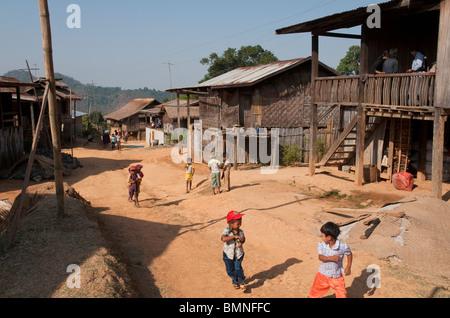 Myanmar. Birmania. En el estado de Shan. Kam Bah Nee village Foto de stock
