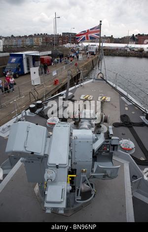 Oerlikon 30mm KCB pistola en DS-30B Monte HMS Bangor Foto de stock