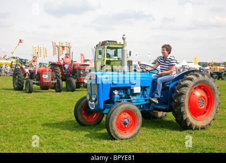 Conjunto De Perno de ojo se ajusta Fordson Dexta Super Dexta tractores.
