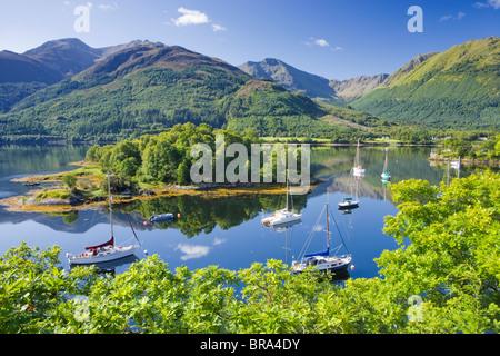 Los obispos Bay, Loch Leven, Highland, Escocia, Reino Unido. Foto de stock