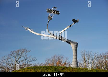 """Memorial 'el espíritu de vuelo"""". Lanark Loch, Hyndford Road, Lanark, Lanarkshire, Escocia, Reino Unido, Europa."""
