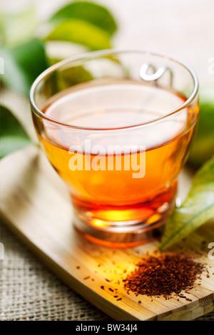 Acercamiento de té de rooibos, someras dof