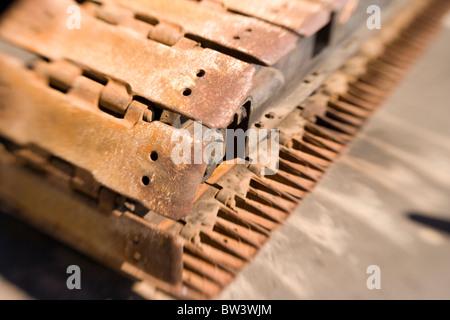 Transmisión por orugas, maquinaria pesada Foto de stock
