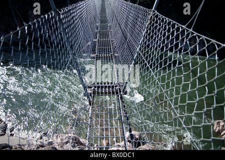 Nueva Zelandia el mayor puente colgante en Buller Gorge
