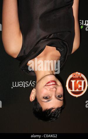 Morena Baccarin llegar a la TV Guide lista Hot Party 2009 SLS Hotel Los Angeles, CA, 10 de noviembre de 2009 ®2009 Kathy Hutchins /