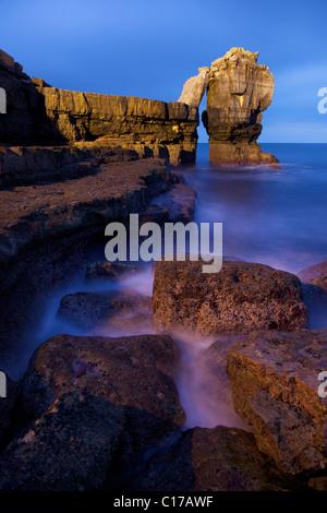 La roca púlpito, Portland Bill, Dorset, Inglaterra, UK, Reino Unido, GB, Gran Bretaña, Islas Británicas, Europa