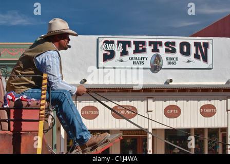 Coachman en Allen Street en Tombstone, Arizona, EE.UU.