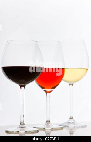 Gafas de blanco, los vinos tintos y rosados