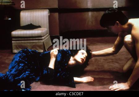 ISABELLA Rossellini, KYLE MACLACHLAN, terciopelo azul, 1986