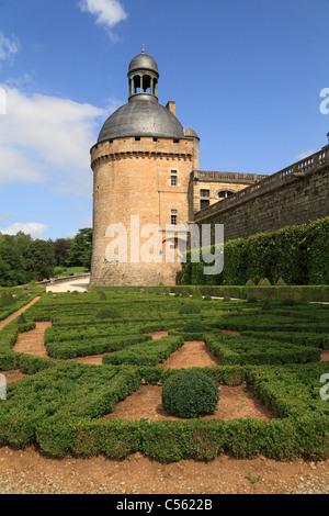 Castillo de hautefort dordogne aquitania francia foto for Jardin geometrico