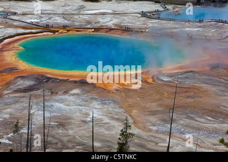 Ee.Uu., el Parque Nacional Yellowstone, Wyoming, Grand Prismatic Spring, niveles elevados de ver