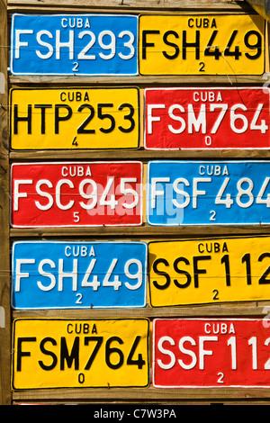 Cuba, Trinidad, placas de automóviles