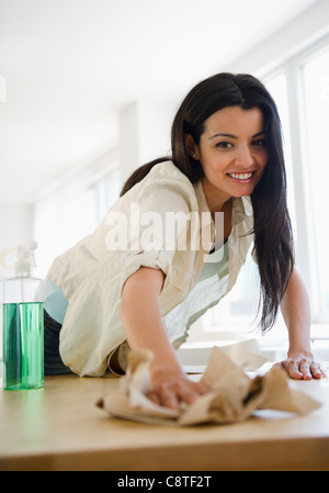 Los Estados Unidos, Nueva Jersey, Jersey City, Mujer tabla de limpieza