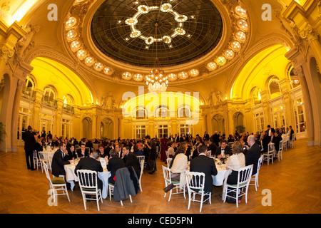 Berlioz una recepción en el salón de la Ópera de Vichy (Centro de Convenciones). Réception dans le salon Berlioz de l'Opéra de Vichy.