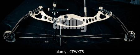 Hoyt Contender Elite arco compuesto en blanco