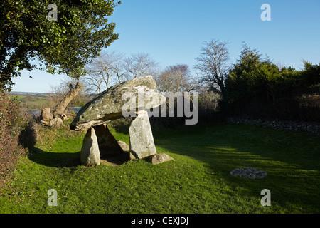 Carreg Coetan, Newport, Pembrokeshire (Gales, Reino Unido