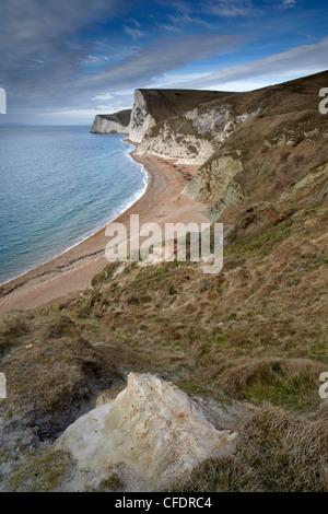 Una vista de cabeza Swyre y murciélagos Cabeza de Durdle Door, Costa Jurásica, Sitio del Patrimonio Mundial de la UNESCO, Dorset, Inglaterra, Reino Unido