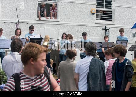 El 5 de julio de 2012, Claudia Copyright 2012 Gannon, día 48, el Relevo de la antorcha olímpica se dirige a la ciudad costera de Suffolk Aldeburgh. #Londres2012TorchRelay
