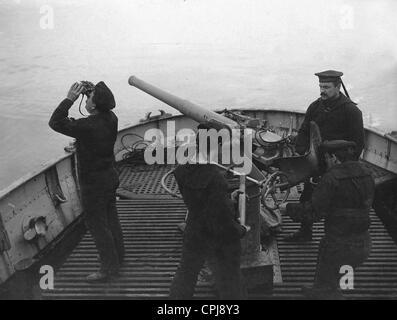 Pistola a bordo de un buque alemán, 1916 Foto de stock