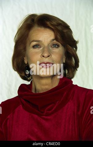 Berger, Senta, * 13.5.1941, actriz austriaca, retrato, 1998, ,