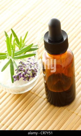 Extracto Herbal en frasco gotero