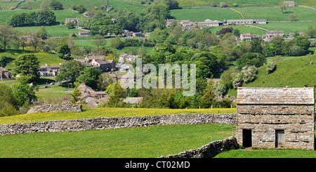 El poblado rural de Bainbridge, Wensleydale, Yorkshire, Inglaterra