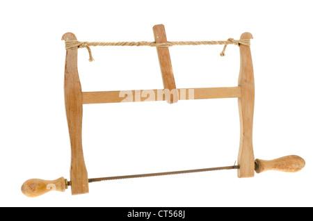 Antique carpinteros sierra de arco - Foto de estudio sobre un fondo blanco.