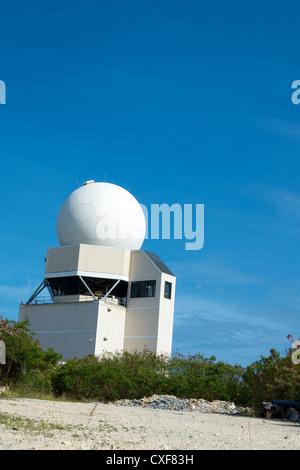 Torre de control de tráfico del aeropuerto. Aeropuerto Princesa Juliana, de Sint Maarten, Antillas Holandesas.