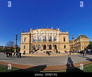 Praga, República Checa. Rudolfinum (Josef Zitek; 1875-84. neo-renacentista) sala de conciertos