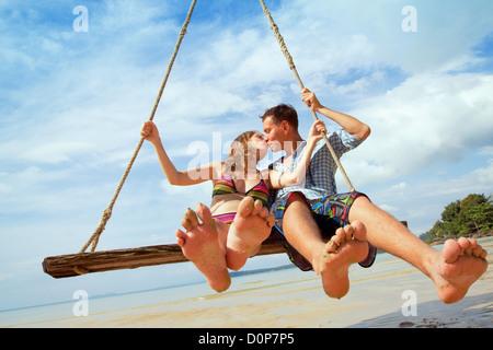 Pareja amorosa, vacaciones en la playa Foto de stock