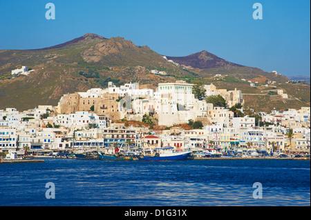 Hora (Chora) y principal de la ciudad Kastro, Naxos, Cyclades, islas griegas del Egeo, Grecia, Europa