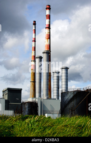 Estación generadora Poolbeg Foto de stock