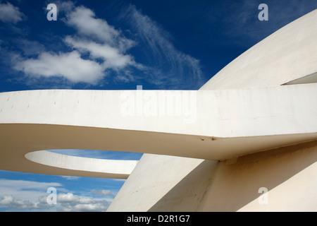 Museo Nacional (Museo Nacional) diseñado por Oscar Niemeyer, Brasilia, Sitio del Patrimonio Mundial de la UNESCO, Brasil, América del Sur Foto de stock