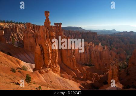 El martillo de Thor, temprano en la mañana desde Sunset Point, Bryce Canyon National Park, Utah, Estados Unidos de América, América del Norte