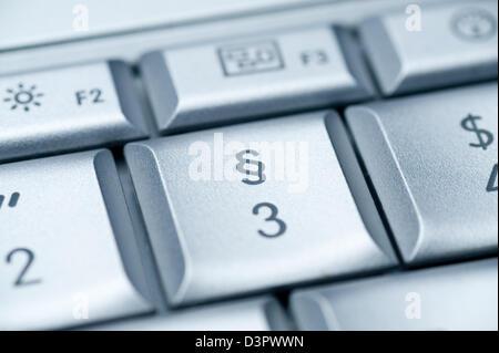 Hamburgo, Alemania, el símbolo de párrafo en un teclado