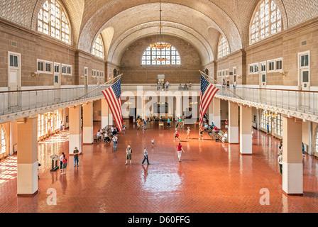 Sala de registro, el museo de inmigración de Ellis Island, la Estatua de la libertad Monumento Nacional, la ciudad de Nueva York, Nueva York, Estados Unidos, América