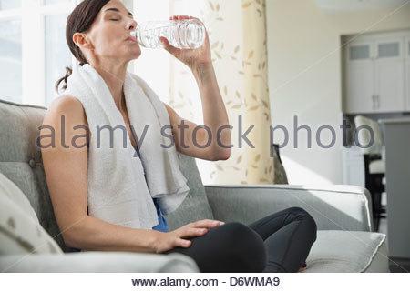 beber mujer madura aficionado