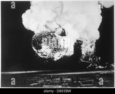 El desastre del dirigible Hindenburg, Nueva Jersey, EE.UU. Foto de stock