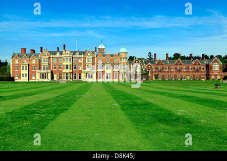 Casa Sandringham, Norfolk, retiro campestre de S.M. la reina británica del siglo XIX, la arquitectura Victoriana, Inglaterra