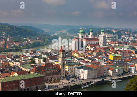 Vistas al río Danubio y Passau, Baviera, Alemania