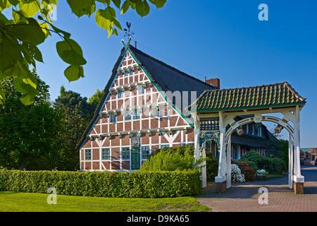 Finca con puerta, Neuenfelde, Altes Land, Hamburgo, Alemania.