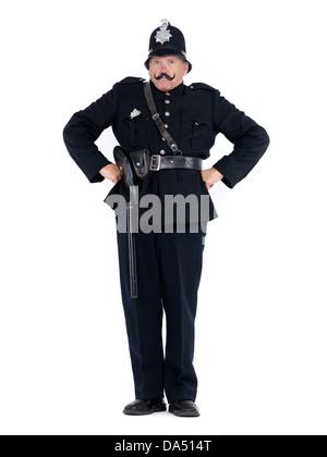 Humor el retrato de una Keystone Cop, vintage policía expresando su autoridad, aislado sobre fondo blanco.